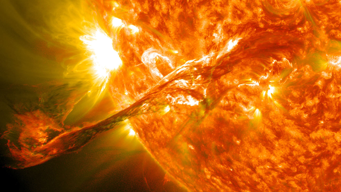 Τι είναι οι Ηλιακοί στρόβιλοι; Ξεπερνούν τη Γη σε μέγεθος (video)