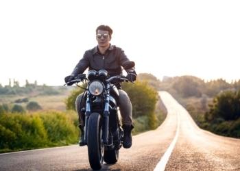 Άντρας Τοξότης: πώς ερωτεύεται, πώς τον κερδίζω, πώς τον κατακτώ