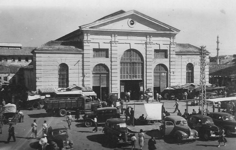 Κίνηση στην πλατεία αγοράς Χανίων 18ος αιώνας.