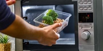 Φούρνος Μικροκυμάτων - επίδραση στην υγεία & τα τρόφιμα